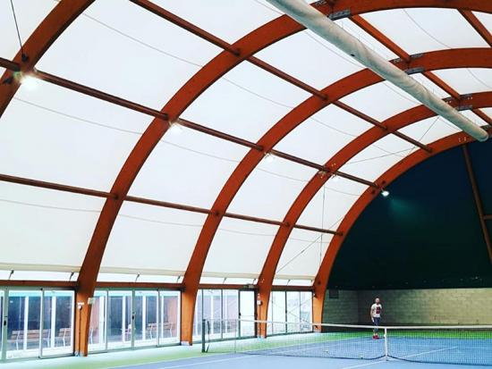 Durable Tennis Court Tensile Structure